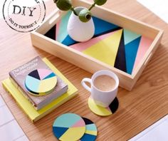 Urban Crafter Geometric Serving Tray and Coasters DIY Kit from UrbanCrafterDIY on Etsy. Diy Projects To Try, Wood Projects, Craft Projects, Art Diy, Diy Coasters, Ideias Diy, Diy Kits, Craft Kits, Diy Home Decor