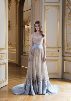 Paolo Sebastian Autumn Winter Couture Collection - Embroidered gown with organza and tulle cut-work Style Couture, Couture Fashion, Bridal Fashion, Haute Couture Gowns, Marchesa, Beautiful Gowns, Beautiful Outfits, Beautiful Models, Pretty Outfits