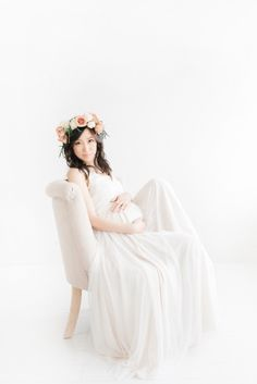 Los Angeles Baby Photography by Baby Photographer Miranda North Los Angeles-Baby-Fotografie durch Baby-Fotografen Miranda North Maternity Session, Maternity Photography, Photographing Babies, Long Beach, Children Photography, Flower Girl Dresses, Poses, Wedding Dresses, Baby Photographer