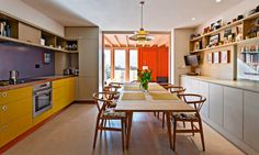 A clever redesign turned a humble London house into a spacious family home Small Kitchen Diner, Kitchen Family Rooms, New Kitchen, Kitchen Dining, Kitchen Ideas, Council House Renovation, Home Renovation, Building Extension, Extension Ideas