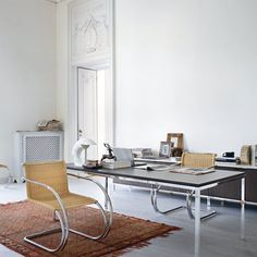 The FLorence Knoll Mini Desk with black marble table top will make a stunning addition to any home office or study.