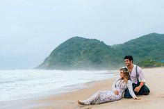 Sessão fotográfica na praia: ensaio pré-casamento