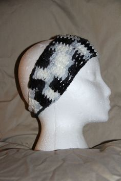 Crochet Unisex Teen/Adult headband earwarmer fits most zebra black, gray & white #homemade #earwamerheadband #pmscrafts74