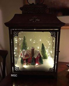 Cheap and Easy Dollar Store Christmas Decorating Ideas – Winter Scene Lantern : Create some awesome Christmas decorations for your home this festive season with a winter scene in a jar or lantern. You can buy all the supplies you need at your local dollar Lantern Christmas Decor, Christmas Table Decorations, Rustic Christmas, Simple Christmas, Vintage Christmas, Christmas Holidays, Christmas Ornaments, Cheap Christmas, Christmas Villages
