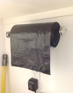 28 Brilliant Garage Organization Ideas ~ Use a paper towel holder for garbage bags. (would be good for a garage) Organisation Hacks, Garage Organization, Garage Storage, Diy Garage, Organizing Ideas, Garage Doors, Small Garage, Organized Garage, Organising