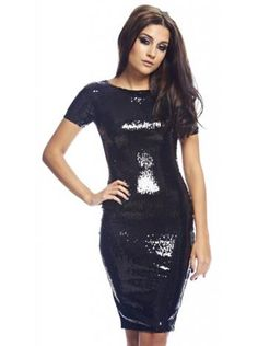 f859c78bbaa 74 nejlepších obrázků z nástěnky dámské šaty