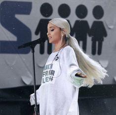 | Ariana Grande |