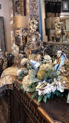 Tuscan Decorating, French Country Decorating, Tuscan Dining Rooms, Stocking Ornaments, Old World Furniture, World Decor, Home Decor Sale, Mediterranean Home Decor, Coffee Table Design