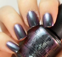 With metallic nail polish, your nails are going to be turning heads and looking . - With metallic nail polish, your nails are going to be turning heads and looking gorgeous tapping on - Gorgeous Nails, Love Nails, How To Do Nails, Pretty Nails, Metallic Nail Polish, Opi Nail Polish, Nail Polish Colors, Nail Polishes, Manicures