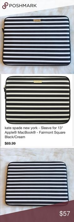 """Katespade laptop sleeve The gold zipper closure adds a touch of style. Compatible with 13"""" Apple MacBook; vinyl material; slim profile Color: Fairmont Square Black/Cream. 💞BRAND NEW NEVER USED💞 🚫NO TRADES LOW BALL OFFERS GET BLOCKED🚫 kate spade Accessories Laptop Cases"""