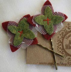 christmas flower bobby pin set by AidiesHideaway on Etsy