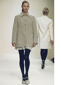 5 Gems You'll Find Within Prada's Exhaustive New Online Archive #refinery29  http://www.refinery29.com/2015/02/81907/prada-archives#slide-1  Fall/Winter 1994 runway show: The model roster reads like a who's who of the greats: Kate Moss, Linda Evangelista, Naomi Campbell, Christy Turlington, and so many more. Between the military-inspired coats, the visibly-lined lips, and Linda Evangelista's baby bangs, the whole thing is so utterly '90s. Watch it here, and see if you can spot all the ...