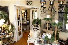 Stylish French Style Living Room Design And Decorating Ideas – Home Decor Ideas French Cottage Style, French Country Style, French Decor, French Country Decorating, Great Rooms, Living Room Designs, Living Rooms, New Homes, Dining