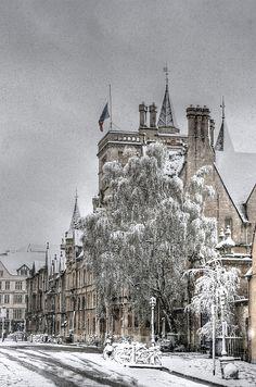 Oxford - Balliol's Brackenbury Buildings in the snow