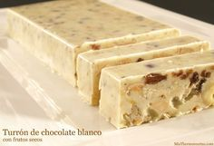 Turrón de chocolate blanco con frutos secos - MisThermorecetas.com Cuban Recipes, Sweet Recipes, Baking Recipes, Dessert Recipes, Desserts, Greek Yogurt Cake, Homemade Sweets, Decadent Cakes, Biscuits
