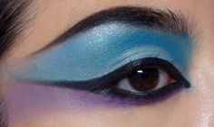 Dramatic #Halloween #Makeup Idea: Sci-fi #Cleopatra! http://makeupbox.tumblr.com/post/33205856113/sci-fi-cleopatra-eye-makeup-halloween-is-coming  #beauty #tutorial #eyeshadow #blue #purple