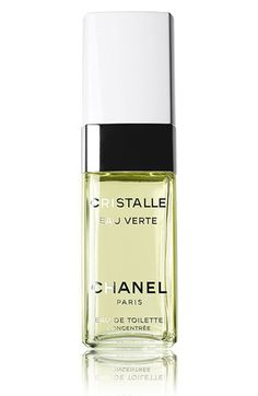 CHANEL master perfumer Jacques Polge re-imagines the beloved classic in a lighter, fresher version, to reveal a sheer and luminous heart. Magnolia notes are rendered transparent with fresh citrus and Neroli accents, for a modern expression of a timeless floral bouquet. tester