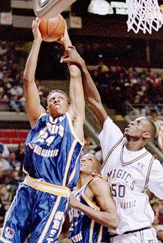 Kevin Garnett hacks Paul Pierce during a 1995 High School All-Star Game