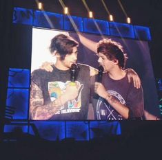 Four One Direction, One Direction Pictures, Louis Tomilson, Normal Guys, Best Friendship, Partners In Crime, Larry Stylinson, Cool Bands, A Team