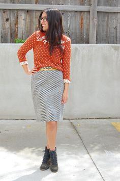 #awkwardgirlsblog #sweater #knit #streetstyle #style #fashion #streetfashion