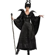 Cutting edge Maleficent Deluxe Christening Black Gown Adult Plus Costume. Charming selection of Maleficent Costumes for Halloween at PartyBell. Witch Cosplay, Cosplay Dress, Costume Dress, Cosplay Costumes, Villain Costumes, Queen Costume, Cartoon Costumes, Horns Costume, Aurora Costume