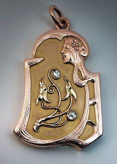 Antique Russian Rose Cut Diamond Two Color Gold Art Nouveau Locket Pendant