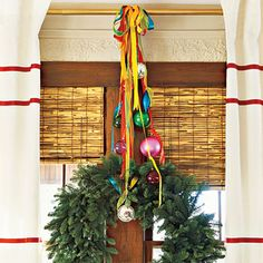 Ribbons and ornaments! Mix and Chic: Fresh and fabulous Christmas decorating ideas!
