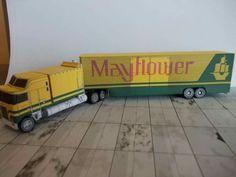 Kenwhort K 100 & trailer Mayflower Paper Model Car, Paper Models, Magic Store, Plastic Model Cars, Cab Over, Paper Magic, Asd, Diecast, Paper Crafts