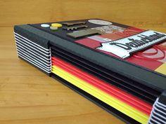 Álbum de fotos em scrapbook com encadernação longstitch (detalhes da encadernação)