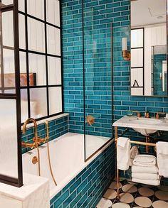 Bathroom goals at The Williamsburg Hotel - - Badezimmer ♡ Wohnklamotte - Bathroom Decor Bad Inspiration, Bathroom Inspiration, Cool Bathroom Ideas, Colorful Bathroom, Eclectic Bathroom, Bathroom Colors, Villa Design, House Design, Williamsburg Hotel