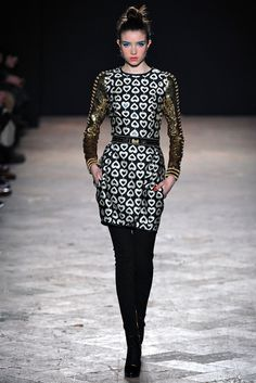 Aquilano.Rimondi Fall 2013 Ready-to-Wear Fashion Show - Grace Hartzel