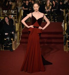 If you want to get paid, wear red. | 9 Things Actual Scientific Studies Teach Us AboutFashion