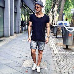 tshirt & shorts combo looks for men