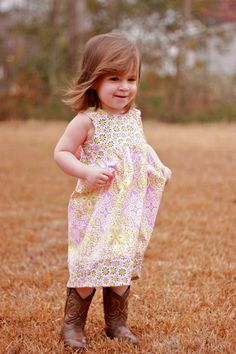 Love these knot dresses!  Nothing cuter than this huge bow in the back.    Amy Butler Daisy Chain Knot Dress 2T Ready to by ElliGreyStyle, $34.50