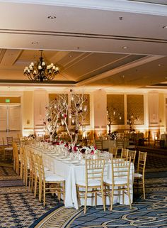 Gold accents look so sophisticated. Photo by Tanja Lippert Photography