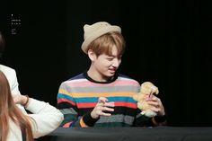 Kookie holdin' a mini version of himself wahh~~