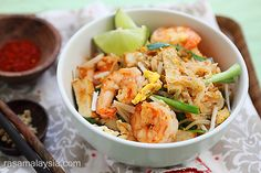 Shrimp Pad Thai on the Lighter Side - this amazing gluten-free recipe is from my friend over at @Rasa Malaysia  #glutenfree
