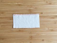 ポケットたっぷり!母子手帳カバー(ケース)の作り方 | nunocoto Bamboo Cutting Board, Rugs, How To Make, Handmade, Decor, Farmhouse Rugs, Hand Made, Decoration, Decorating