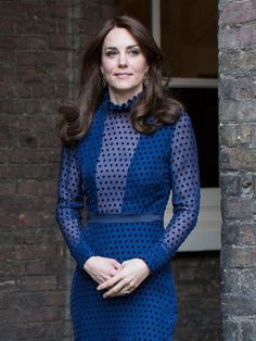 Kate Middleton wears a Saloni dress for a reception ahead of a royal tour of India and Bhutan at Kensington Palace in London, April 2016.