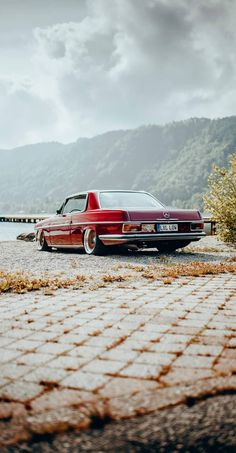Mercedes 220, Mercedes Benz Coupe, Lux Cars, Retro Cars, Vintage Cars, Sports Car Photos, Top Luxury Cars, Classy Cars, Classic Mercedes