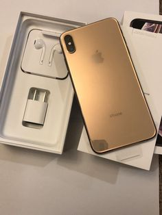 Refurbished Phones - Finding A Good Deal With A New Cellphone Apple Iphone, Iphone 8, Free Iphone, Iphone Cases, Telefon Apple, Refurbished Phones, Apple Smartphone, Simple Mobile, Used Mobile Phones