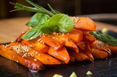 La carotte caramélisée au miel et au vinaigre balsamique