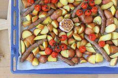 Fruit Salad, A Food, Sausage, Dinner Recipes, Oven, Meat, Fruit Salads, Sausages, Ovens