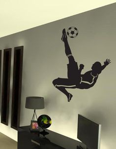 boys bedroom decorating socccer wall murals design ideas | soccer