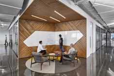 Office Tour: Hudson River Trading Offices – New York City - Design Ideas Corporate Office Design, Office Space Design, Modern Office Design, Corporate Interiors, Workspace Design, Office Interior Design, Interior Exterior, Office Interiors, Office Furniture Design