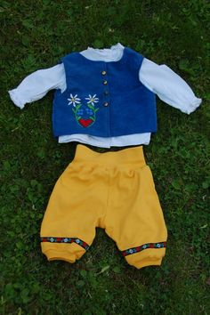 Swedish folk costume inspired Midsummer clothes for my 3-year-old