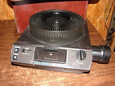Kodak Carousel 4400 Slide Projector Zoom Lens Remote and Slide Tray 35mm #Kodak