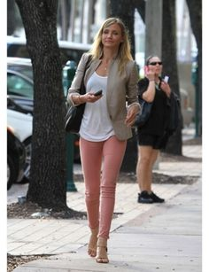 Colored denim is a fall trend I've been skeptical about but Cameron Diaz pulls it off with feminine class :)