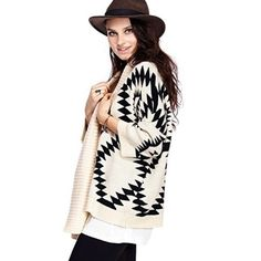 TRIBAL Sweater❄️😍 Black and white oversized tribal sweater. Super comfortable. Cute with leggings and boots. Sweaters Cardigans