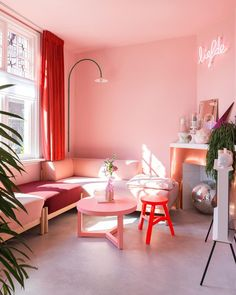 Just some gorgeously bright colour inspiration to brighten up your week by Living Room Stands, Living Room Color, Red Rooms, Red Room Decor, Pink Bedroom Walls, Living Room Decor, Pink Living Room Walls, Room Decor, Living Room Red